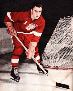 Red Kelly - Red Wings Women's Hockey, Blackhawks Hockey, Chicago Blackhawks, Detroit Red Wings, Maurice Richard, Red Wings Hockey, Detroit Sports, Vancouver Canucks, Detroit Pistons