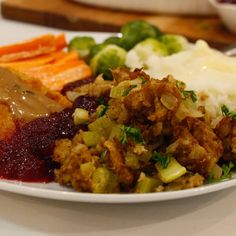 Traditional Holiday Stuffing | WHAT the HECK do I eat NOW