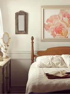 Spring time means refreshing your Home! Discover new bedding and bedroom decor at prices up to 70% off!