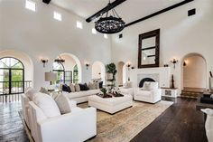 Spanish style homes – Mediterranean Home Decor Spanish Style Homes, Spanish House, Spanish Revival, Spanish Colonial, Spanish Style Interiors, Home Modern, Mediterranean Home Decor, Home And Deco, Home Living Room