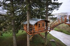 Would you live in a tree house that comes with a hot tub and ...