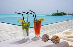 #отдыхнамальдивах #мальдивы #турынамальдивы #горящиетуры #пляжныйотдых#мальдивскиеострова#отдых2018  #красивыйотдых #горящиепутевки #maldives #поисктуров #турнамальдивы #мальдивы2018 #поисктуровонлайн  #отдыхайхорошо  #путешествие  #travel  Курортный комплекс Atmosphere Kanifushi Maldives расположен на острове с изумительной тропической природой, первозданными белоснежными пляжами и обширной лагуной, который находится на малонаселённом атолле Лавиани. Курортный комплекс находится в 35… Maldives, Alcoholic Drinks, Wine, Glass, The Maldives, Drinkware, Corning Glass, Alcoholic Beverages, Liquor