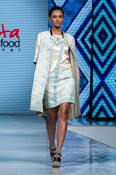 Fashion Extravaganza, JF3 2014 – Cita Tenun Indonesia oleh Ari Seputra