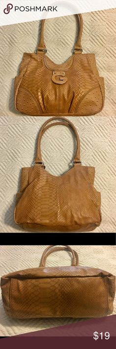 Guess Authentic Tan Purse Great condition Guess tan purse. Guess Bags Shoulder Bags