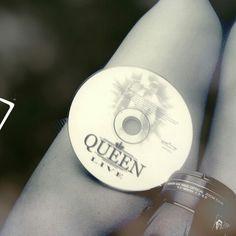 Nada mejor que un viaje con buena musica. Queen