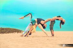 poster of all yoga poses Group Yoga Poses, Acro Yoga Poses, Yoga Pictures, Yoga Photos, Partner Yoga, Hata Yoga Asanas, Yoga Inspiration, Tantric Yoga, Gymnastics Poses