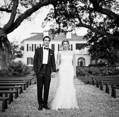 Maris & Andrew - South Carolina Wedding http://caratsandcake.com/MarisandAndrew