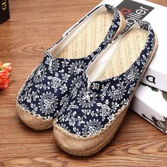 Hot-sale Dargon Flower Print Flax Open Heel Color Match National Wind Slip On Flat Shoes - NewChic Mobile version.