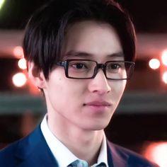 Aesthetic Movies, Aesthetic Anime, Koi, Drama Drama, Kento Yamazaki, Korean Boys Ulzzang, Hard To Love, Oikawa, Hot Hunks