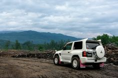 Mitsubishi Pajero Evolution, off-road badness.