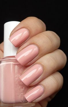Essie Van D'Go;Love soft, nude colors