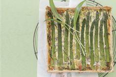Das Rezept für Spargelquiche mit Bärlauch mit allen nötigen Zutaten und der einfachsten Zubereitung - gesund kochen mit FIT FOR FUN