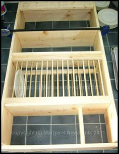 plate rack plans | Plan & build own plate rack. It's a good thing Courtney doesn't follow ...
