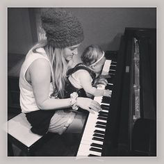 Britt Nicole and her daughter Ella: I love how she stands for Christ and sings really awesome music and is a cool mom! Christian Music Artists, Christian Singers, Christian Artist, Pop Singers, Female Singers, Her Music, Music Is Life, Jamie Grace, Britt Nicole