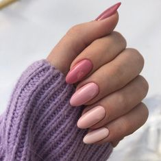 Semi-permanent varnish, false nails, patches: which manicure to choose? - My Nails Almond Acrylic Nails, Summer Acrylic Nails, Cute Acrylic Nails, Pastel Nails, Cute Nails, Pretty Nails, Summer Nails, Spring Nails, Almond Nails Pink