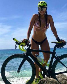 Секс на тренажерном велосипеде