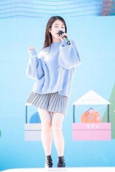 愼 ☼ ριητεrεsτ policies respected.( *`ω´) If you don't like what you see❤, please be kind and just move along. Iu Fashion, Korean Fashion, Fashion Outfits, Korean Actresses, Gray Skirt, Korean Celebrities, Stage Outfits, Korean Beauty, Ulzzang Girl