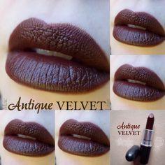Mac Antique Velvet Lips