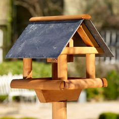 Nice Bird table