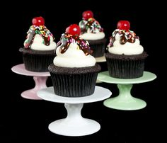 Hot Fudge Sundae Cupcakes!
