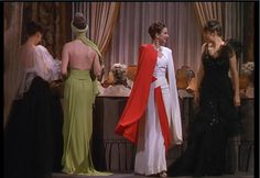 Vintage Fashion Film: The Women Hollywood Costume, Hollywood Fashion, Old Hollywood Glamour, Classic Hollywood, Hollywood Style, 1930s Fashion, Vintage Fashion, Vintage Vogue, Fashion 2018