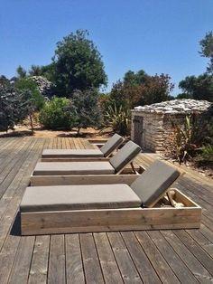 Les bains de soleil sous le soleil Corse - Matelas Subrella