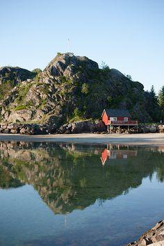 Sandvika next to Kabelvåg, Lofoten