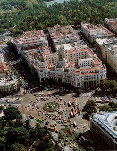 cibeles, palacio telecomunicaciones y parque del retiro, 1991, nadie pensaba en que sería ayuntamiento...