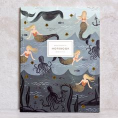 Let yourself be inspired by siren songs, and mermaid lagoons, with this handy notebook! The beautiful binding andintricateillustrations by Anna Bond takes doo