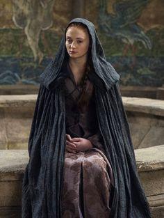 Sophie Turner as Sansa Stark in Game of Thrones (TV Series, 2014).