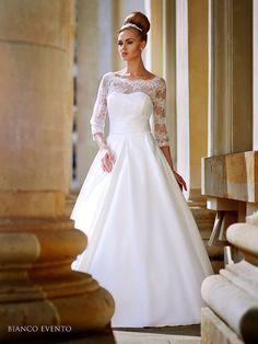 c8af6ff7a16 16 meilleures images du tableau Boléro robe de mariée