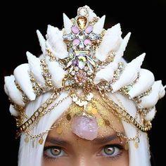 mermaid-crown-for-bruning-man-8