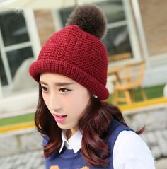 Outdoor hairball knit benaie hat for women autumn winter hats
