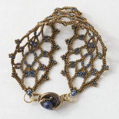 Beaded Bracelet Tutorial Lacy Lapis. $5.00, via Etsy. Love it! Must try! #ecrafty