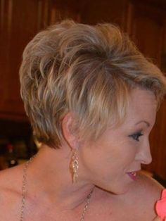 Short Sassy Hair, Short Grey Hair, Short Hair With Layers, Cute Hairstyles For Short Hair, Short Hair Cuts For Women, Short Haircut Styles, Short Layered Haircuts, Stacked Hair, Haircut For Older Women