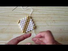 Very simple and different toran belt design Beaded Earrings Patterns, Bead Earrings, Bracelet Patterns, Beading Patterns, Beading Ideas, Bead Jewellery, Beaded Jewelry, Bead Loom Bracelets, Beaded Crafts