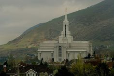 I want this  Bountiful Mormon Temple / http://www.dancamacho.com/bountiful-mormon-temple/