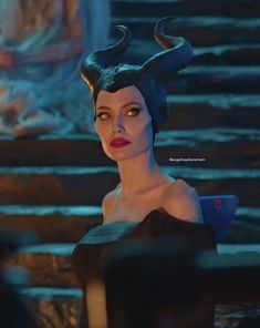Image about pretty in Angelina Jolie by Sioku - Uploaded by Marianna. Find images and videos about pretty, Angelina Jolie and beauties on We Heart - Maleficent Quotes, Angelina Jolie Maleficent, Malificent, Disney Maleficent, Disney Villains, Disney Movies, Disney Characters, Disney Princesses, Maleficent Cosplay