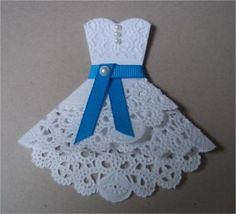 Doily Dress Folds Tutorial - cute for bridal luncheon invites. or would be darling on a card or in a scrapbook! From Paper, Paws, etc. Doilies Crafts, Paper Doilies, Karten Diy, Dress Card, Diy Dress, Lace Dress, Bridal Luncheon, Wedding Cards, Doily Wedding