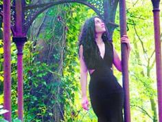 MARIA'S MAGIC GAZEBO Maria Taylor model  Steve D Parker camera copyright 2016  ALL RIGHTS RESERVED