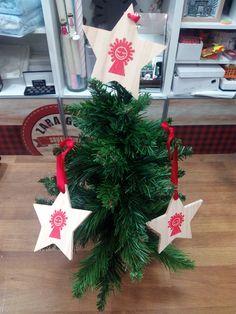 ¿Has visto qué bien quedan nuestras estrellas de Navidad para decorar tu árbol?