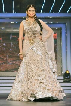 """Sridevi, who is always remembered as the """"Chandni"""" girl, donned a white semi ghagra sari with silver work all over and heavy jewelry at the event Indian Outfits, Indian Clothes, Indian Show, Bollywood Photos, Silver Work, Madhuri Dixit, Indian Bridal, Indian Fashion, Movie Stars"""