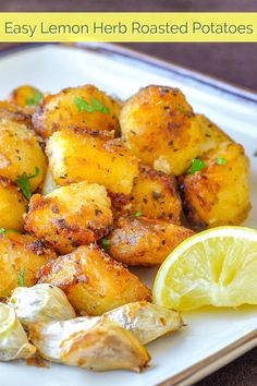 These Lemon Herb Roasted Potato Nuggets are a terrific side dish with many meals like any roast chicken or lamb dinner or to serve with Greek Souvlaki. Vegetable Dishes, Vegetable Recipes, Vegetarian Recipes, Cooking Recipes, Healthy Recipes, Chicken Recipes, Thai Cooking, Veggie Food, Cooking Tips