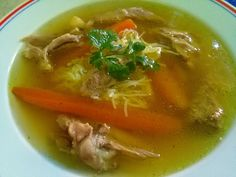 Csontleves karajcsontból (orjaleves) Thai Red Curry, Pork, Food And Drink, Cooking Recipes, Soups, Ethnic Recipes, Protein, Drinks, Kale Stir Fry