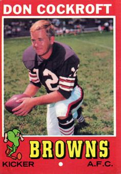 Cleveland Team, Cleveland Browns Football, Cleveland Rocks, Old Football Players, Nfl Football, American Football, Football Trading Cards, Football Cards, Nfl Kickers