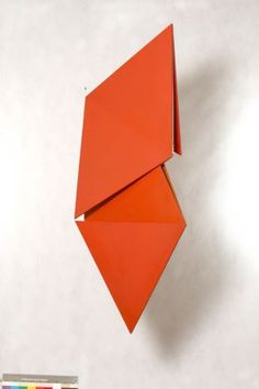 Structured shapes: Artist Helio Oiticica was used as inspiration for the LV Cruise 2017 Art Furniture, Abstract Sculpture, Sculpture Art, Mobile Sculpture, Art Moderne, Outdoor Art, Environmental Art, Happy Colors, Constructivism
