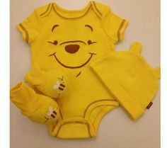 Winnie Pooh Baby Clothes - Bamboo baby clothing gives parents with increased baby-friendly clothes choices. Disney Baby Clothes, Baby Kids Clothes, Barbie Clothes, Winnie The Pooh Nursery, Getting Ready For Baby, Pooh Bear, Baby Kind, Baby Fever, Baby Boy Outfits
