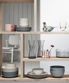 Possible colour scheme for crockery Design Shop, House Design, Scandinavian Kitchen, Scandinavian Design, Kitchen Dining, Kitchen Decor, Kitchen Stuff, Dining Room, Hygge Home
