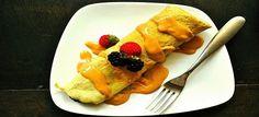 Een lekker koolhydraatarm hoofdgerecht, glutenvrije eiwit pannenkoeken. Om de pannenkoeken nog lekkerder te maken kan je er wat vers fruit bij serveren.