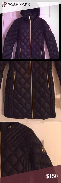 💠Accepting Offers💠New MK Down Packable Coat Price is Negotiable. New Michael Kors Down Packable Quilted Puffer Coat Jacket Hood. Size: XS Michael Kors Jackets & Coats Puffers